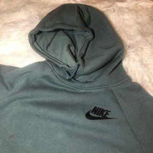 Nike funnel hoodie